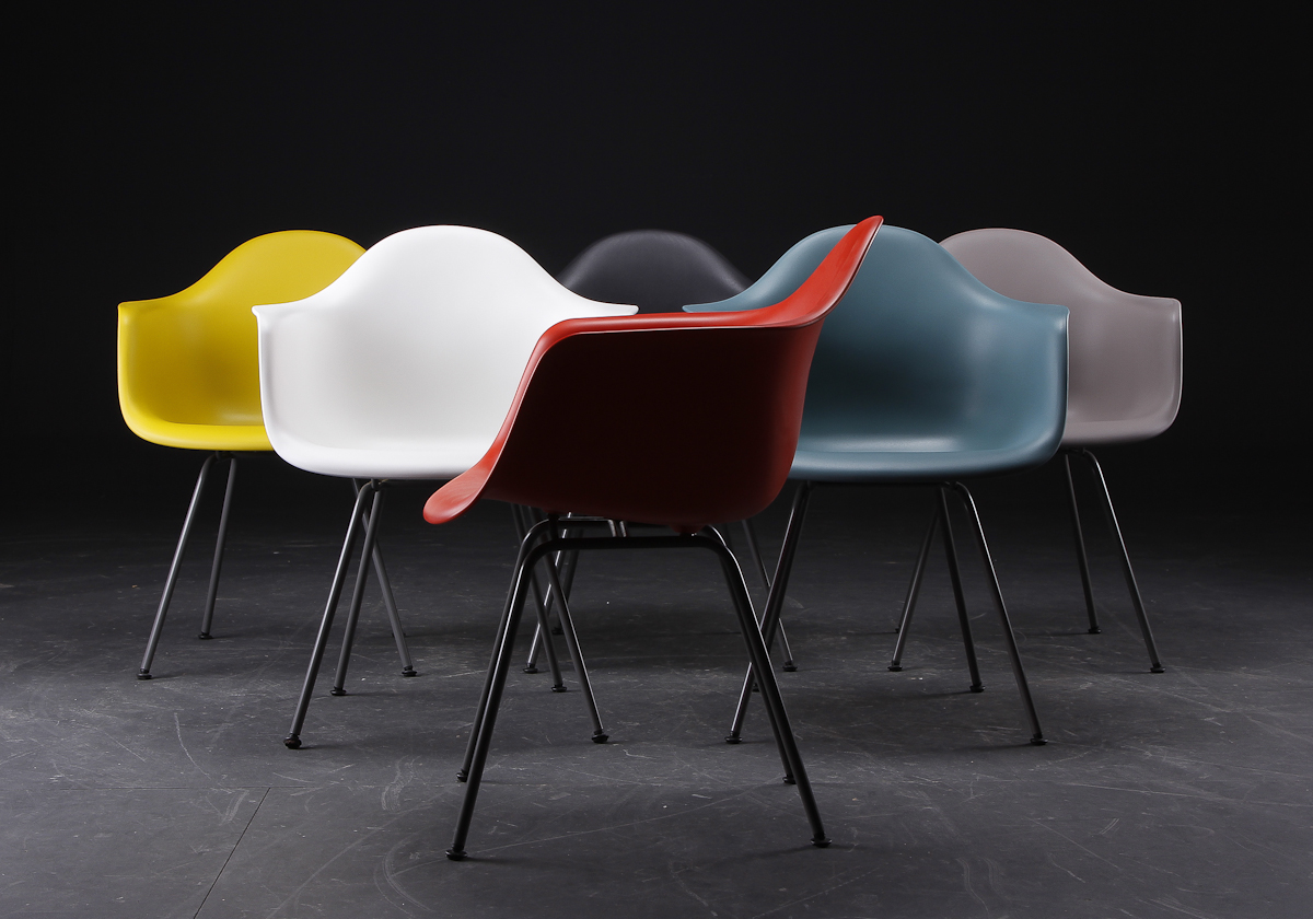 Eames_Chairs_Model_DAX_5